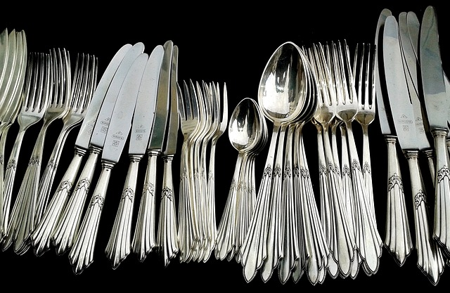 stainless steel cutlery and silverware
